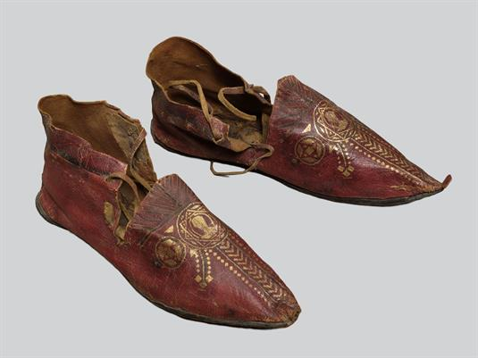 Leather shoes Shoes (embades)  Shoes (embades)