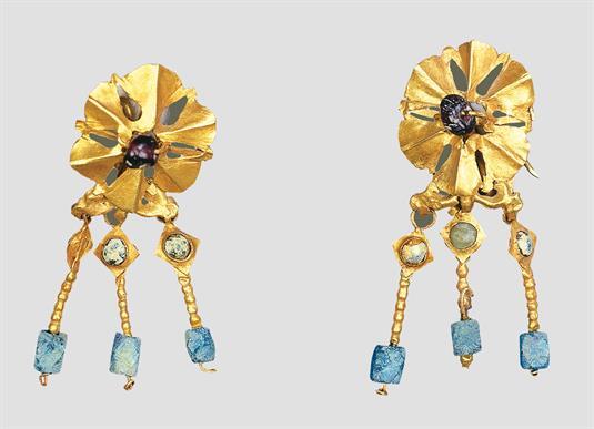 Golden earrings (enotia)