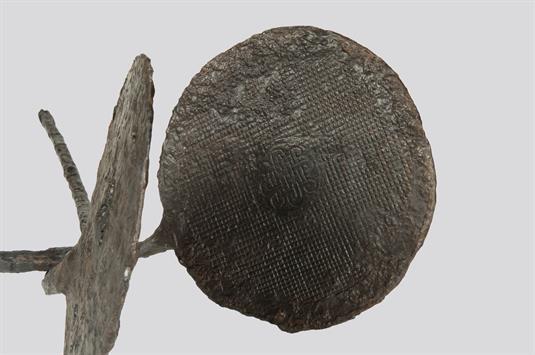 Iron seal for Hostia
